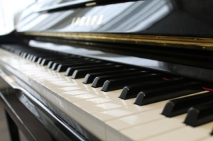 piano-practice-room